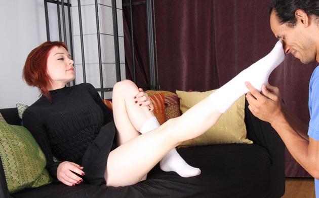 feet-slave-mischa-white