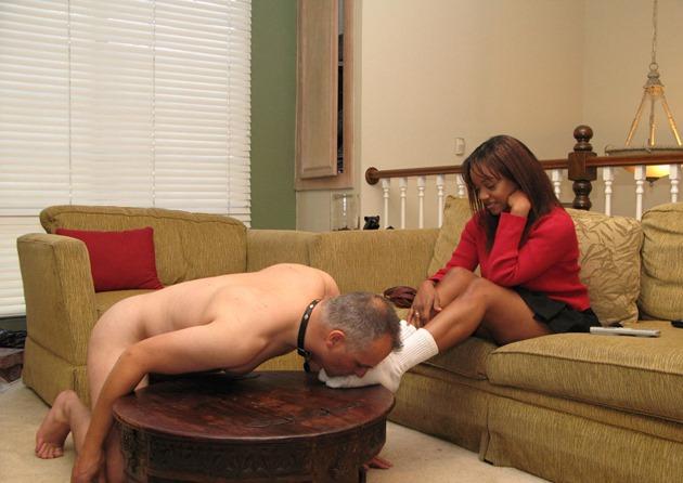mistress-feet-slave